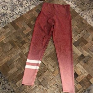 Onzie high-waisted leggings. Size S/M
